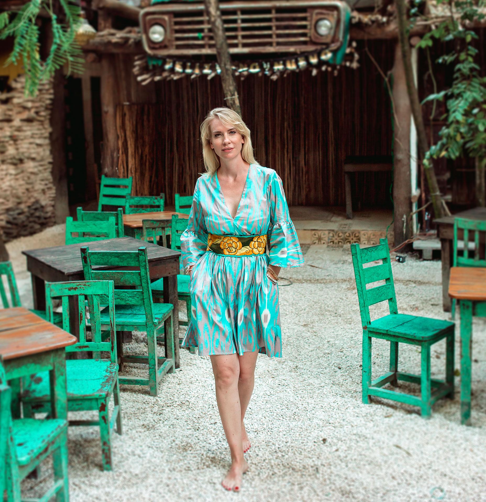 Belleikat Sommerkollektion 2020 schönes Ikat-Kleid in türkis